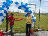 Prefeita prestigia inauguração do Campo de Futebol 7 do SindiCampestre
