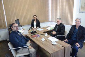 Secretário Jair busca alternativas para agilizar Alvarás e acompanhamento de empresas