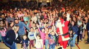 Espetáculo Para Ser Feliz encanta público na Abertura do Natal Étnico