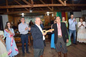 Clézio Goettems assume patronagem do CTG galpão Amigo
