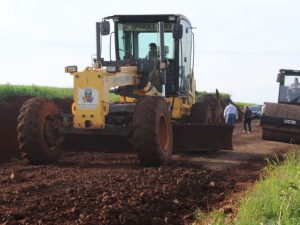 Secretaria de Obras realiza melhorias em São João do Gramado